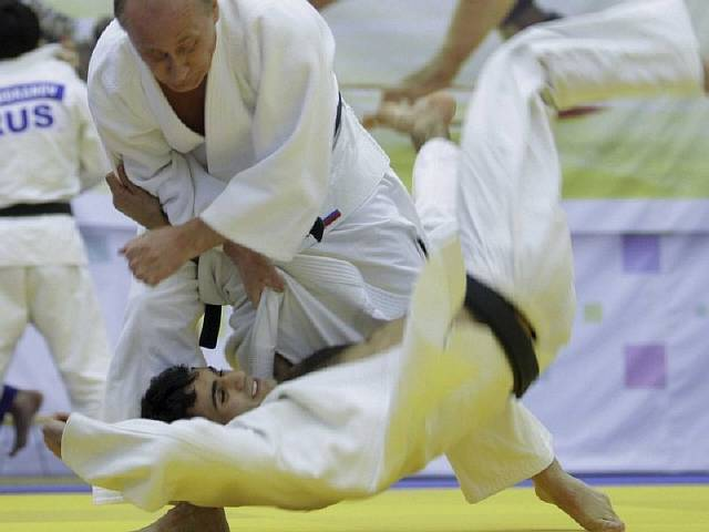 his-signature-judo-move-is-the-harai-goshi-sweeping-hip-throw-he-wrote-a-book-on-the-form-of-combat