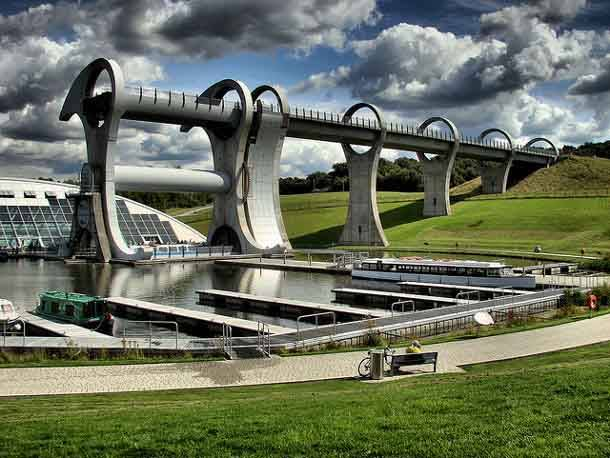 http://mixstuff.ru/wp-content/uploads/2013/04/14.-The-Falkirk-Wheel.jpg