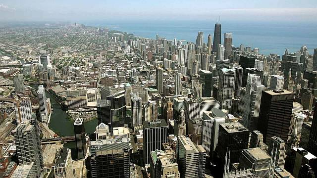 Tourists Clamor For A View From The Top Of The Sears Tower