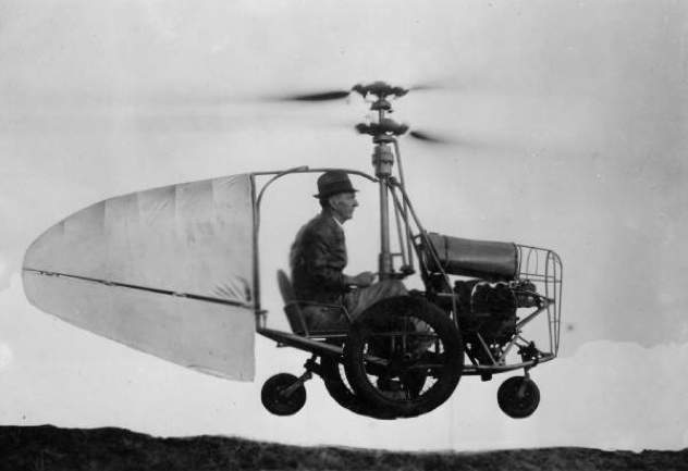 Jess_Dixon_in_his_flying_automobile-1