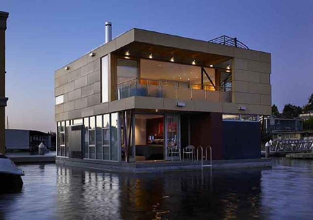 Lake Union Floating Home