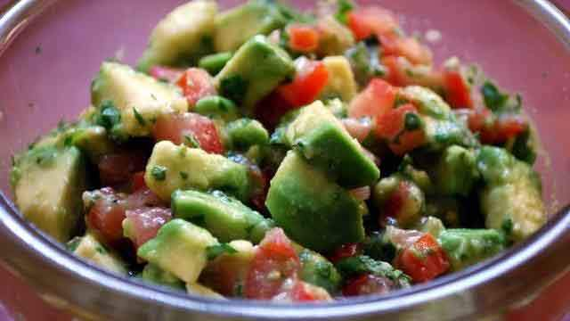 24-avocado-salsa_tn