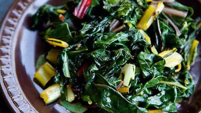 swiss-chard-sauteed-in-olive-oil_tn