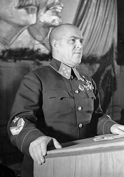 421px-RIAN_archive_2410_Marshal_Zhukov_speaking