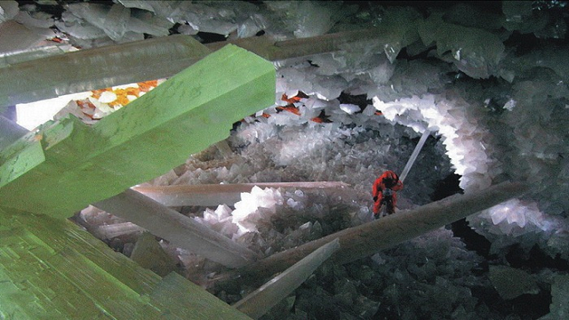 Cave-of-the-Crystals-Naica-Mexico