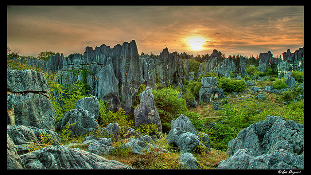 Stone-Forest-of-Shilin-Yunan-Province-China