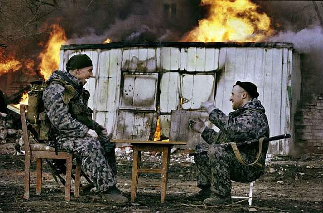 78 First Chechen War - Russian Special Forces take a break during the first Chechen war
