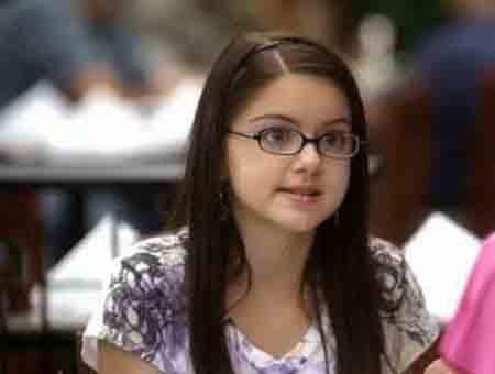 a98693_ariel-winter-modern-family