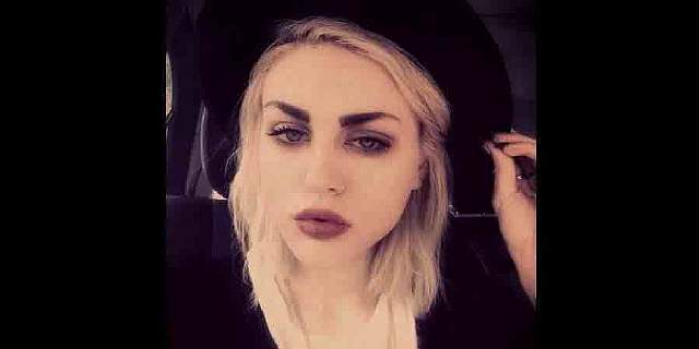 frances-bean-cobain-20-is-the-daughter-of-nirvanas-kurt-cobain
