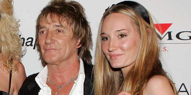ruby-stewart-26-is-the-singer-model-daughter-of-rod-stewart