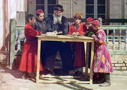 a-group-of-children-learning-in-a-russian-street