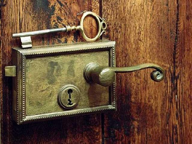 banks-have-no-locks-on-their-front-door