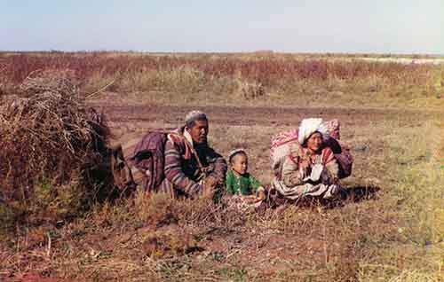 nomadic-kirghiz-a-turkic-people-in-russia