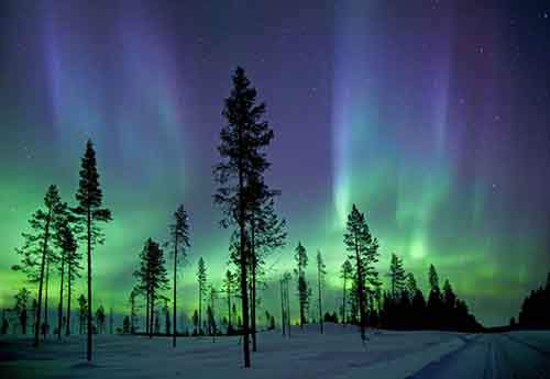 the-aurora-borealis-photographed-in-the-early