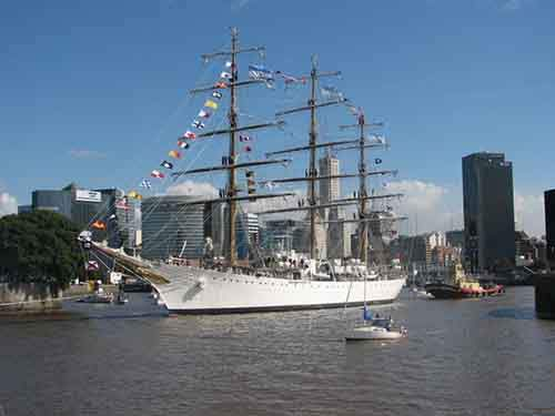 the countrys naval vessel la fragata libertad was impounded in ghana for two weeks thanks to a hedge fund manager Amazing things can happen only in Argentina