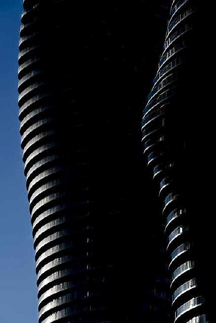 absolute-towers-canada-by-mad-architects
