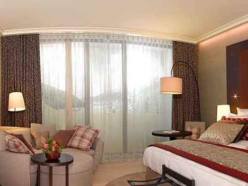 davos-guest-room