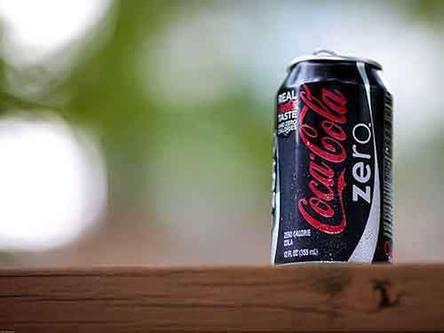 theres-no-coke-zero--it-was-banned-in-2009-for-containing-artificial-sweeteners