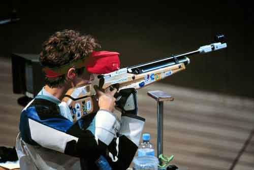 640px-Nancy_Johnson_sport_shooter_4-500x335