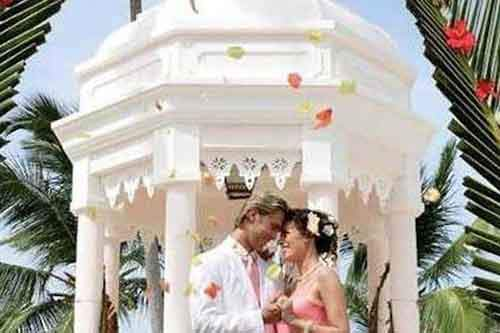fantasy-the-perfect-wedding-at-the-riu-palace-punta-cana