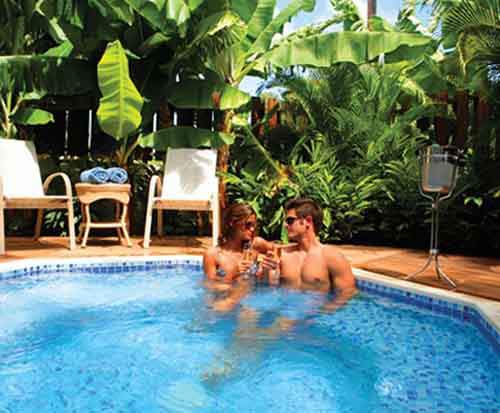 fantasy-the-sugar-cane-club-in-barbados-looks-like-the-perfect-spot-for-romance