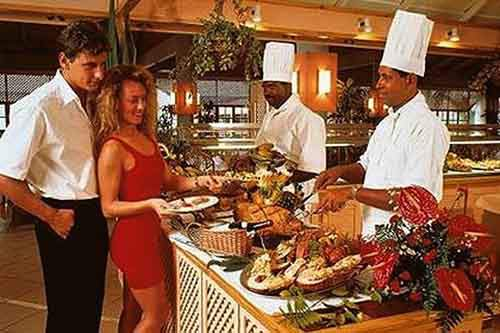 fantasy-wed-love-to-dine-at-the-buffet-at-the-grand-palladium-bavaro-in-the-dominican-republic