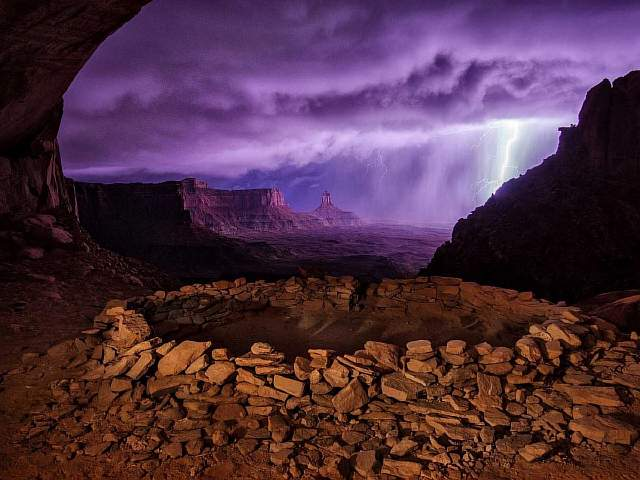 this-photograph-of-a-thunderstorm-at-false-kiva-utah-was-the-second-place-winner-of-the-2013-national-geographic-traveler-photo-contest
