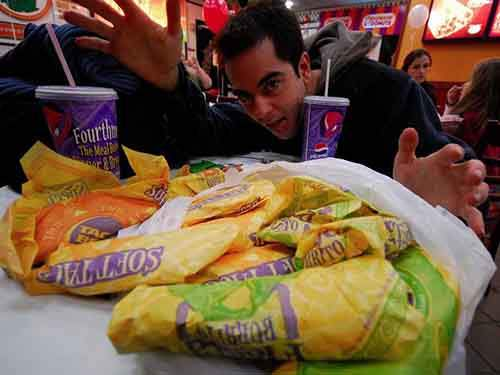 regularly-eating-fast-food-for-lunch-will-increase-your-risk-of-heart-disease