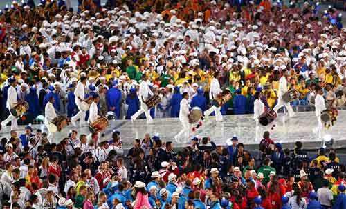 as-it-turns-out-all-the-athletes-are-drunk-during-the-closing-ceremony