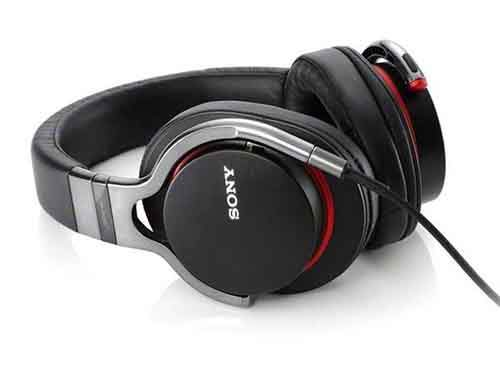 buy-him-new-headphones-so-he-can-listen-to-love-songs-that-remind-him-of-you