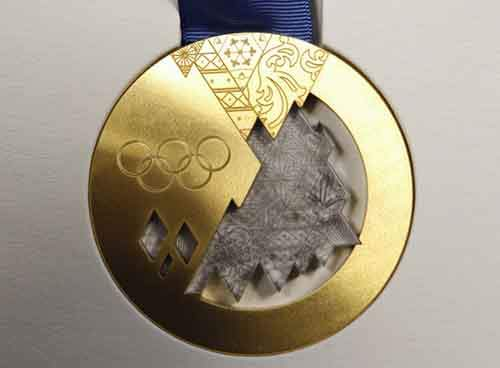 skier-carrie-sheinberg-said-two-german-bobsledders-tried-to-trade-her-their-gold-medals-for-some-group-fun-at-the-1994-games