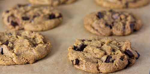 4Chewy-chocolate-chip-cookies