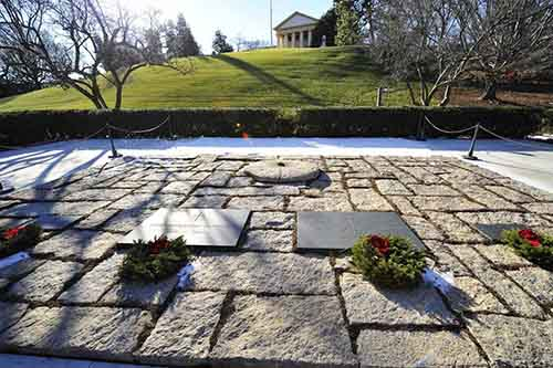 american-greats-from-mary-randolph-a-descendant-of-pocahontas-to-president-john-f-kennedy-are-buried-in-the-624-acres-of-arlington-national-cemetery-in-arlington-va