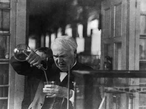 thomas-edison-refused-to-sleep-when-he-was-on-a-roll