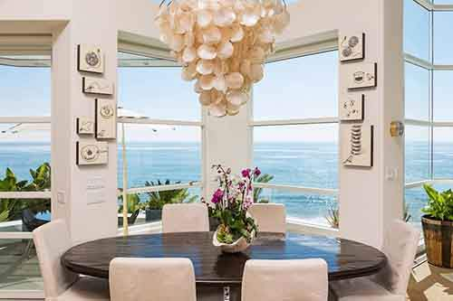 Details-decor-Paradise-Cove-Beach