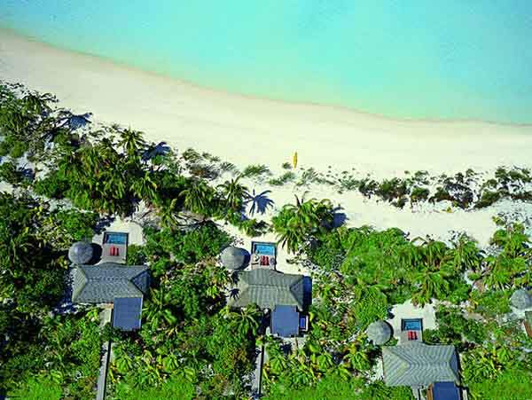 now-a-new-kind-of-royalty-is-moving-in-the-brandos-all-inclusive-resort-features-35-secluded-villas