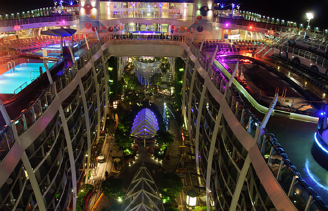 1-allure-of-the-seas