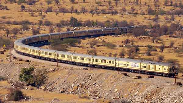 the-palace-on-wheels-travels-to-the-various-forts-and-palaces-in-rajasthan-india-the-journey-begins-in-new-delhi-and-takes-seven-days