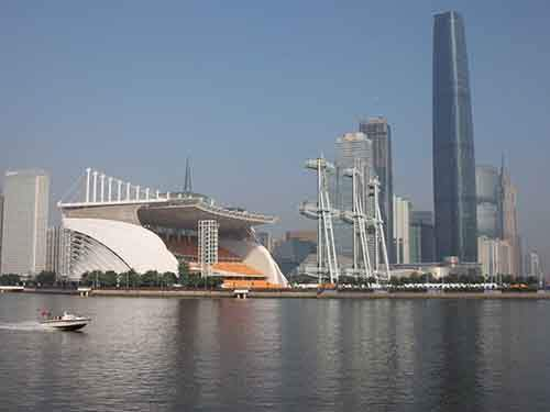 12-guangzhou-china-has-521-tall-buildings-in-7434-square-kilometers