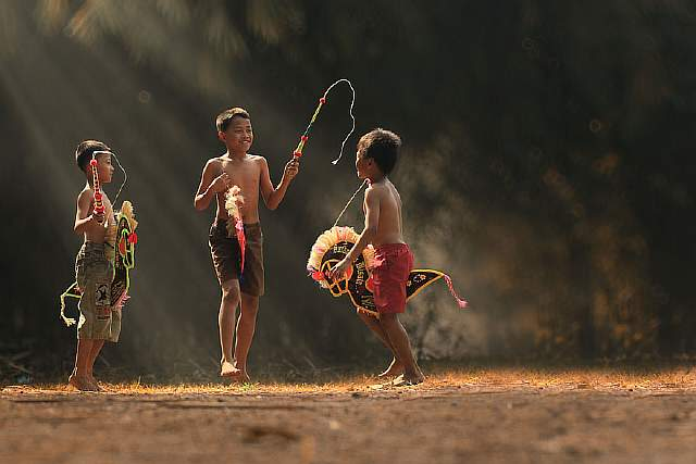 village-life-indonesia-herman-damar-15