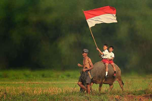 village-life-indonesia-herman-damar-18