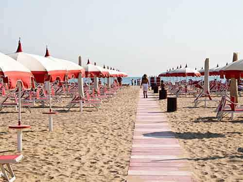 bask-in-the-sun-at-the-beaches-of-rimini