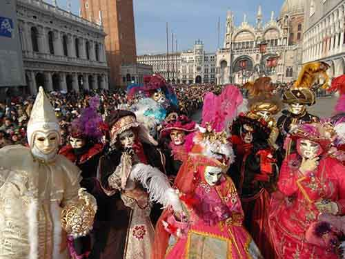 don-an-elaborate-mask-for-carnevale-di-venizia-an-annual-festival-which-takes-place-before-lent-usually-in-february-or-march