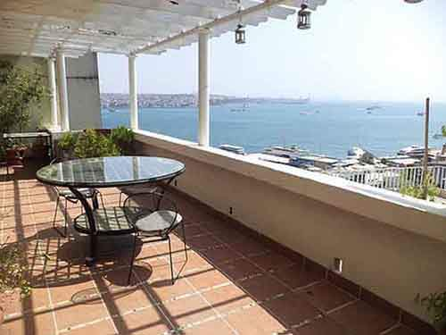 in-istanbul-12-million-gets-a-waterfront-apartment-with-three-bedrooms-and-a-large-terrace-overlooking-the-black-sea
