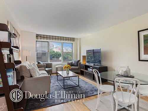 in-new-york-995000-buys-a-one-bedroom-640-square-foot-apartment-in-the-west-village-the-building-has-a-private-rooftop-terrace-24-hour-doorman-fitness-room-and-laundry-room