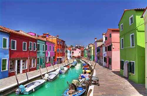 italy-stunning-villages-wcth01