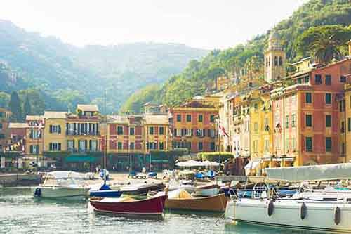 italy-stunning-villages-wcth09