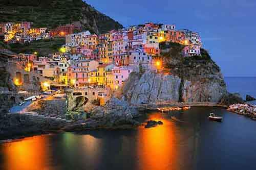 italy-stunning-villages-wcth10