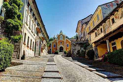 italy-stunning-villages-wcth14