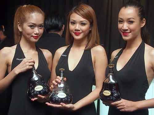 kim-jong-ils-annual-cognac-expense-was-800-times-the-average-north-koreans-annual-income